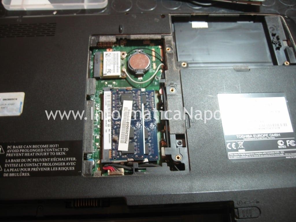 apertura Toshiba Satellite L700 L755 PSK2YE 12N
