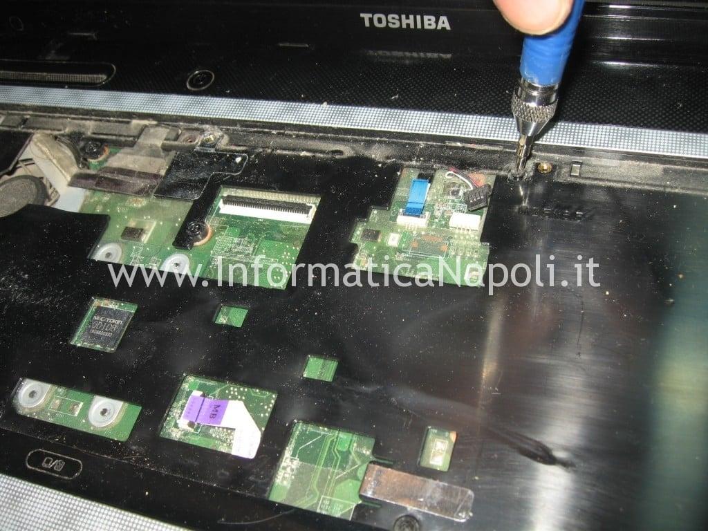 riparazione Toshiba Satellite L700 L755 PSK2YE 12N napoli