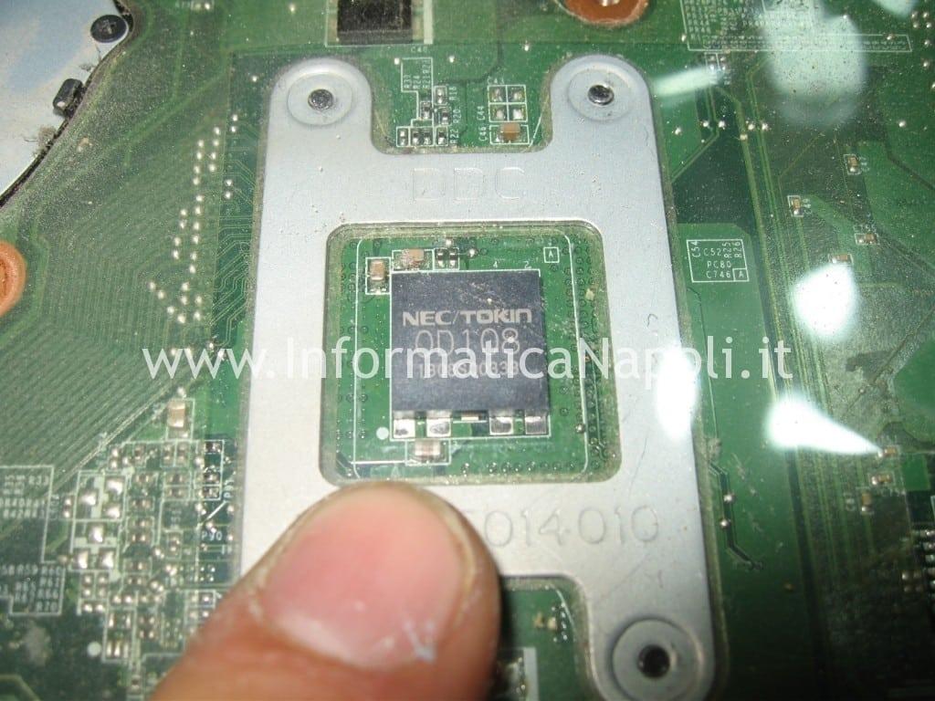 Toshiba Satellite L700 L755 PSK2YE 12N non si accende