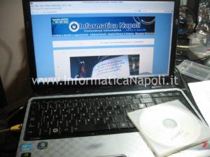 Toshiba Satellite L700 L755 PSK2YE 12N si accende