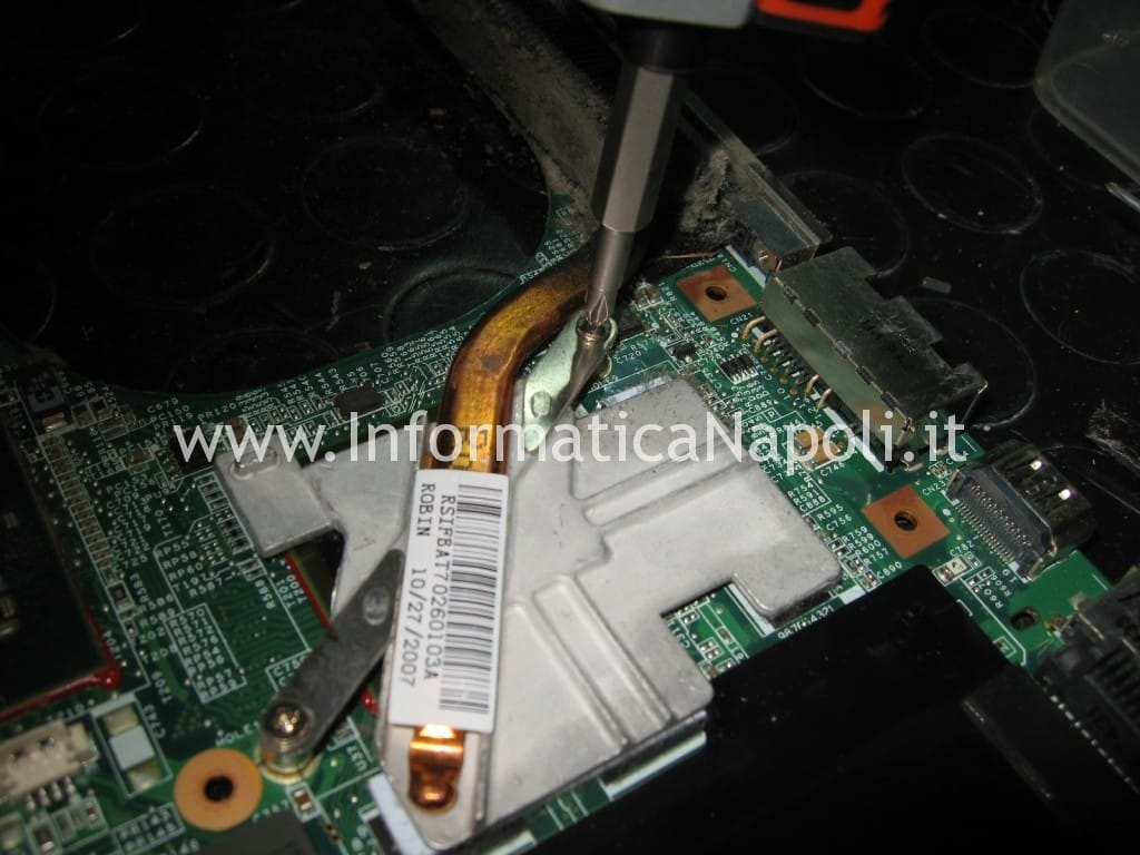 smontare CPU GPU hp pavilion DV9000 DV9500 DV9695el