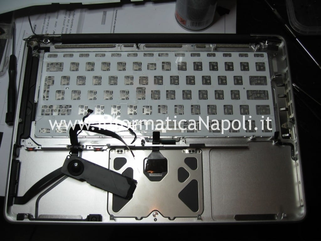 pulizia tastiera macbook air 1278