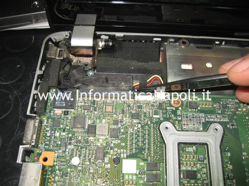 smontare scheda madre hp pavilion dv3 termal shutdown occurred
