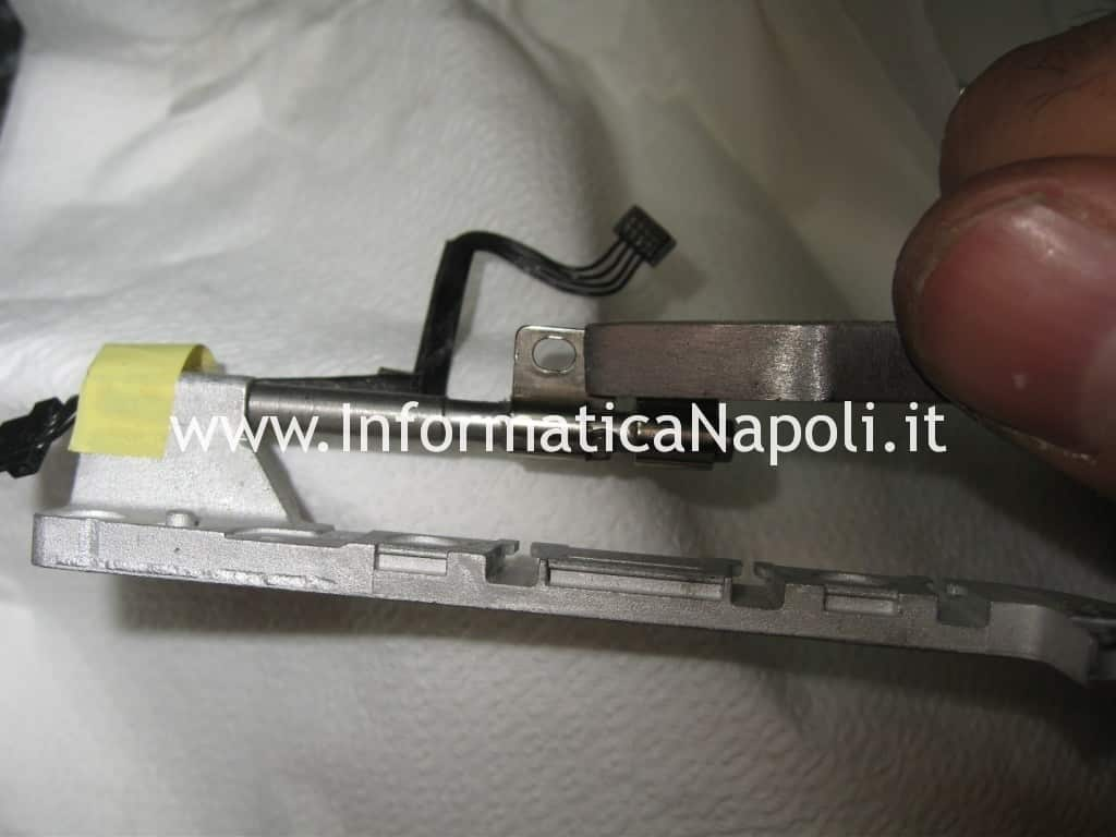 problema scocca macbook 13 a1181 a1185