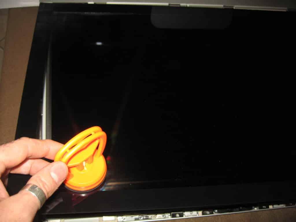 ventosa rimozione vetro iMac