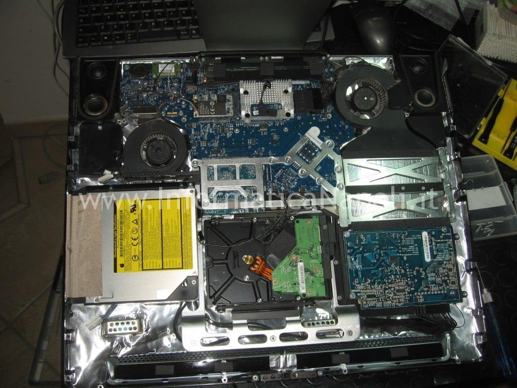 riparare scheda madre apple A1224 da 20 pollici