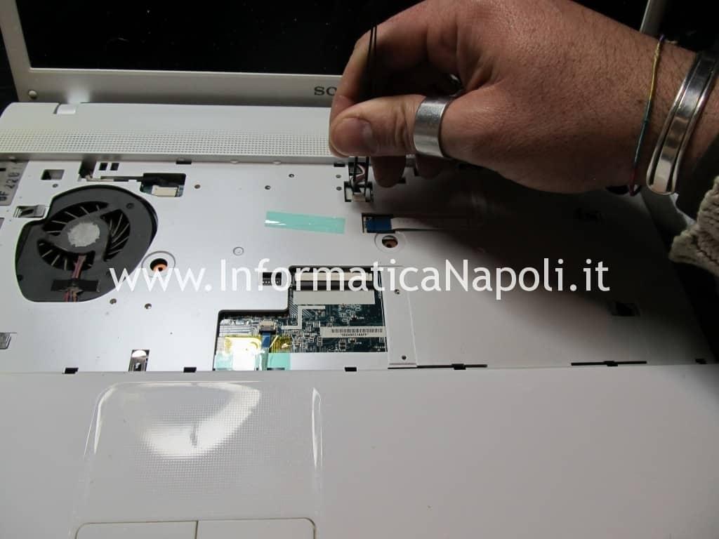 come riparare sony vaio VPCEB1A4E PCG-71211M