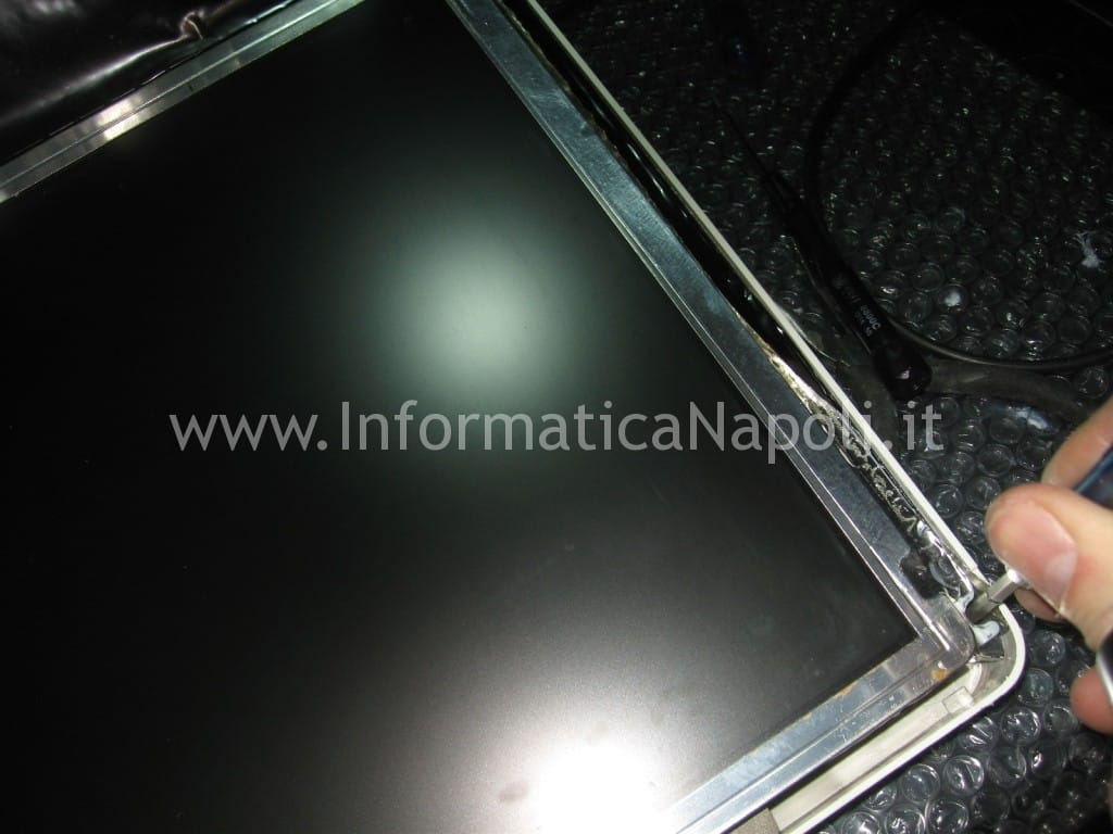"problemi display apple iMac 17"" fine 2006 EMC 2114"