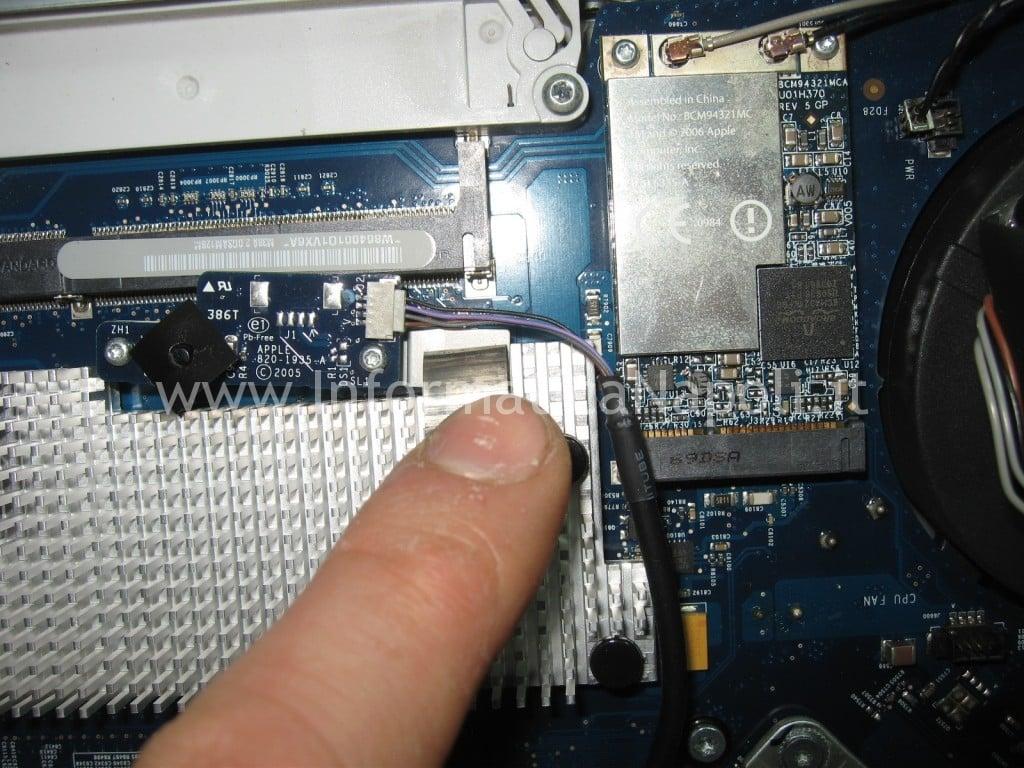 cavetto flat iMac 17″ 2006 EMC 2114 vintage