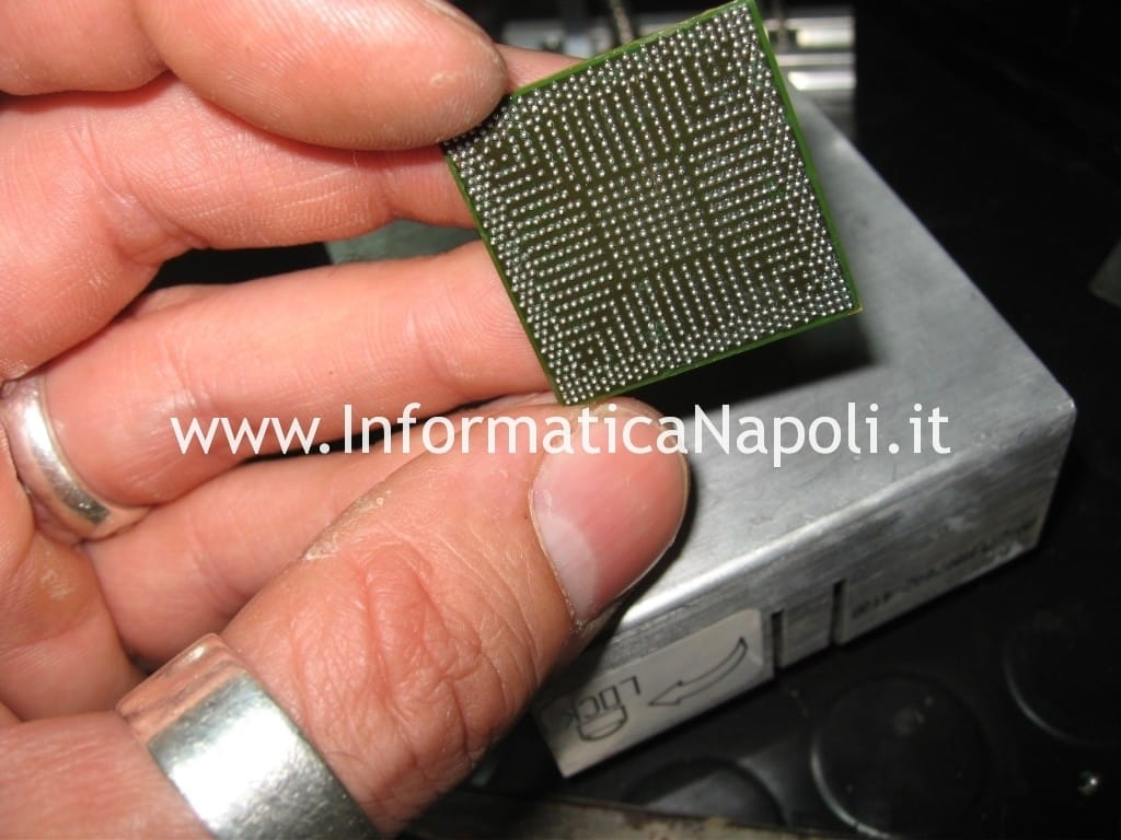 chip con ball stagno con piombo reballing rework chipset bga