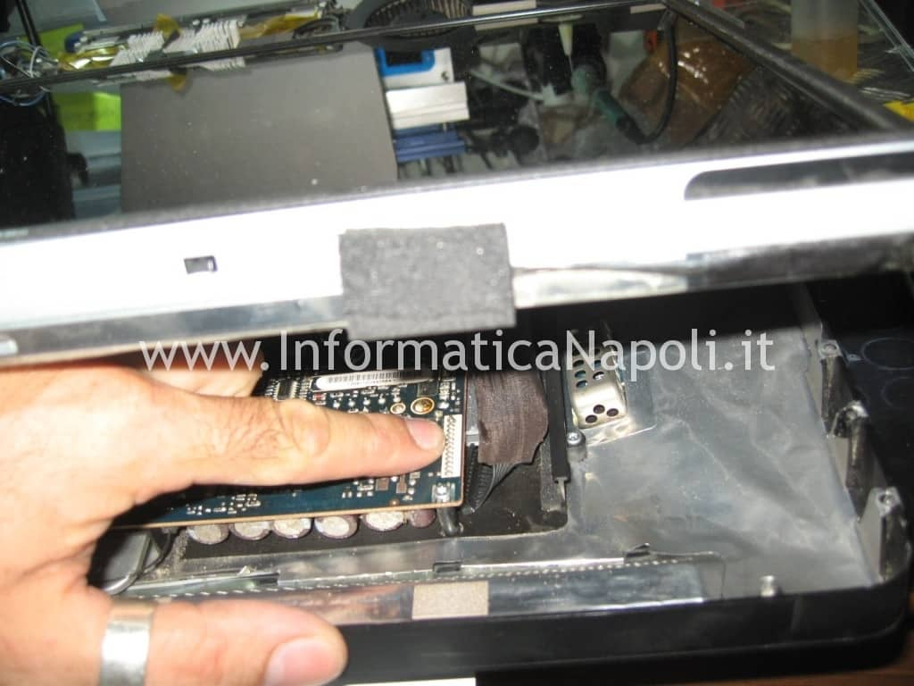 problemi video Apple A1225 24 pollici EMC 2134