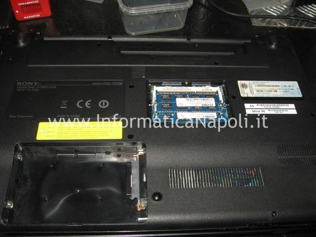 come riparare Sony VPCEB3L1E 71211M