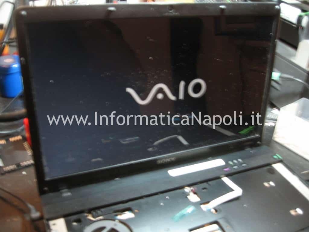 Sony VPCEB3L1E 71211M riparato funzionante