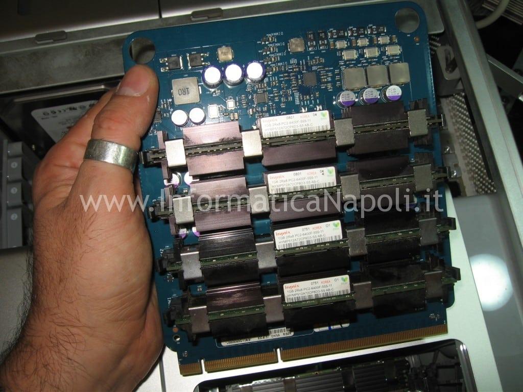 Pulizia aggiornamento upgrade RAM DDR Apple Mac Pro A1186 EMC 2180 macpro