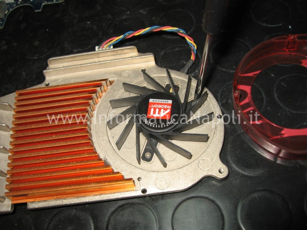 pulizia ventolina fan ATI Radeon HD 2600 XT RV630 Apple Mac Pro macpro