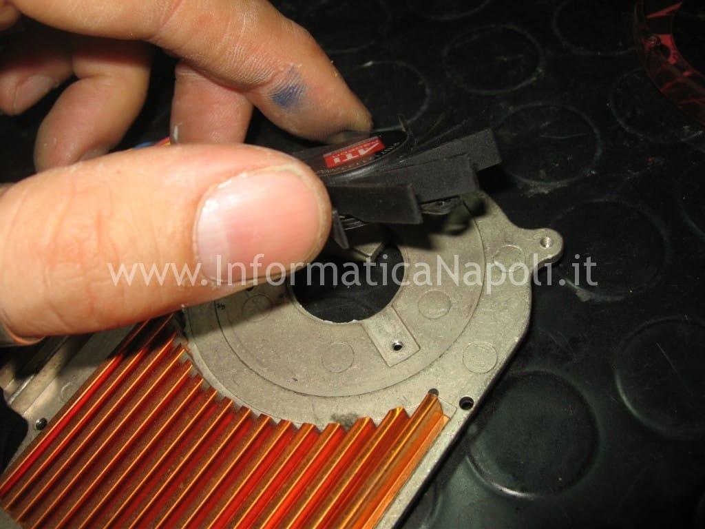 pulizia lubrificazione ventolina fan ATI Radeon HD 2600 XT RV630 Apple Mac Pro macpro