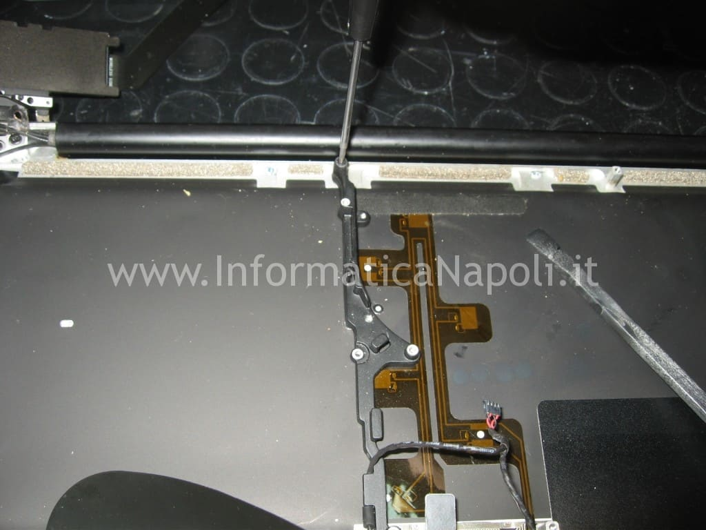 sostituire tastiera apple macbook A1278