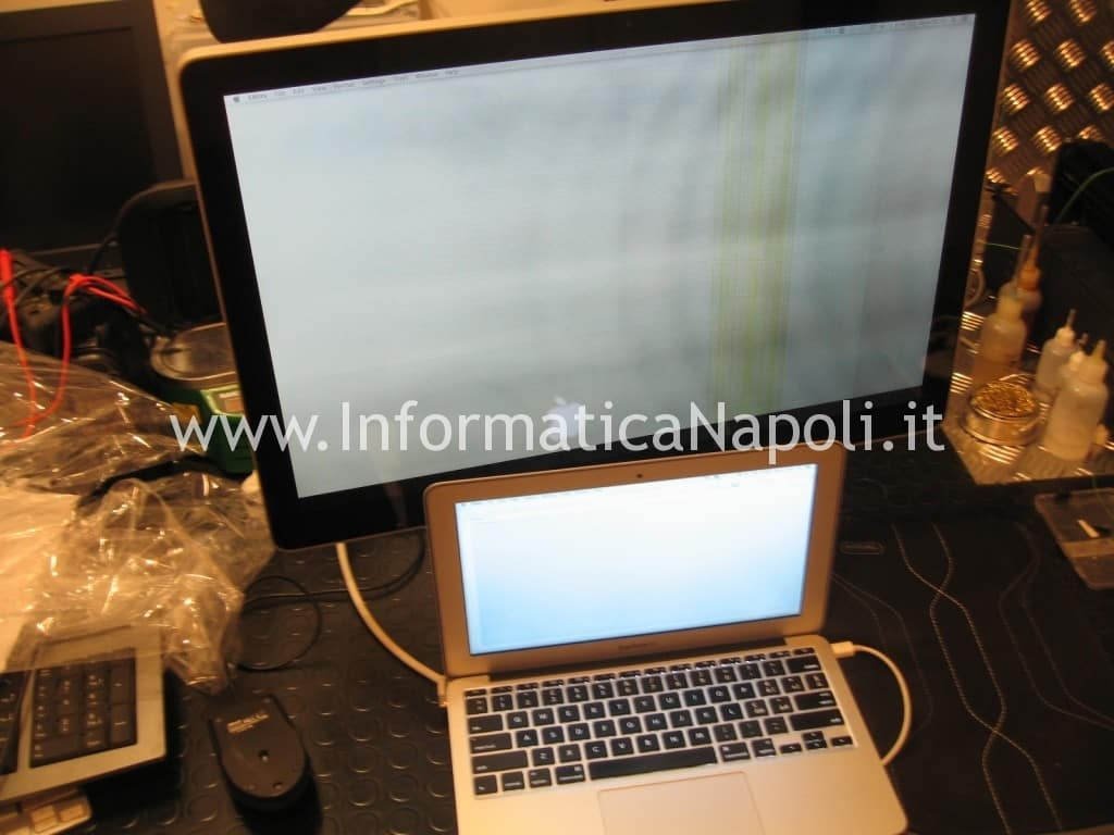 Problemi accensione Apple Cinema Display LED A1316 EMC 2354 MC007LL/A 27 pollici