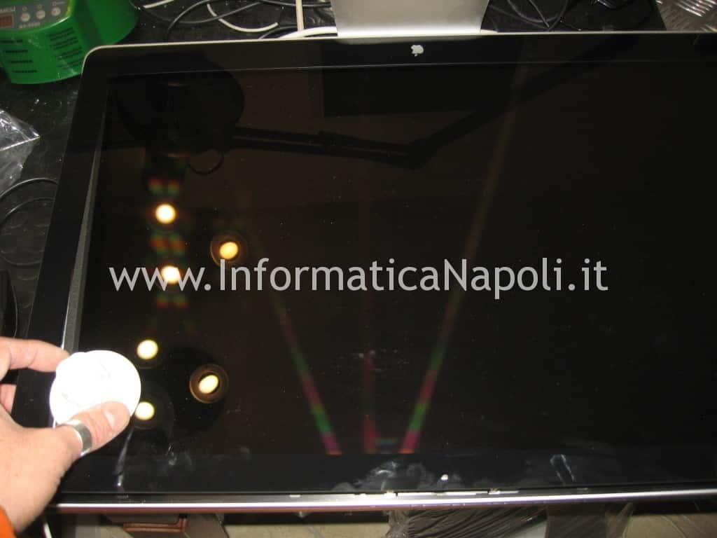 problemi Apple Cinema Display LED A1267 EMC 2263 MB382LL/A 24 pollici schermo nero