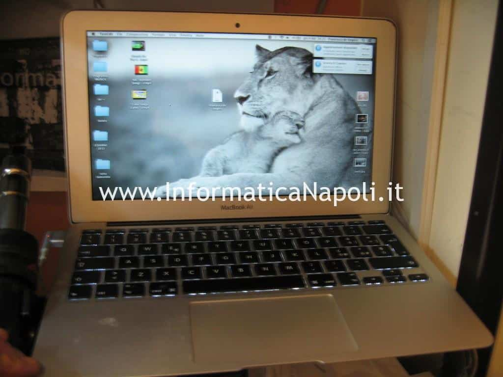Apple MacBook AIR 11 A1465 | A1370 EMC 2631 riparato funzionante