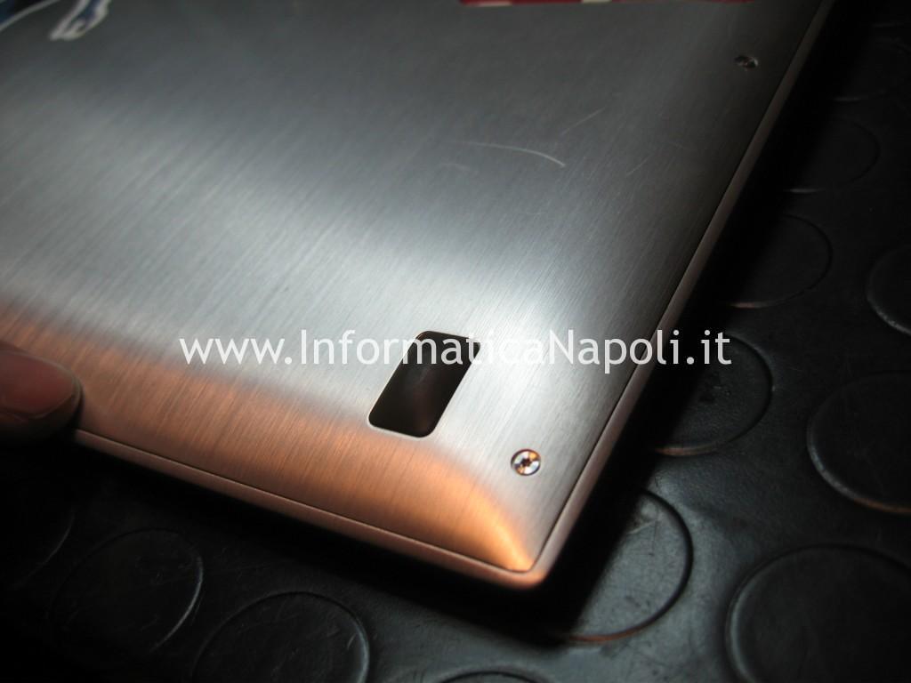 aprire riparare Asus VivoBook S200E 13