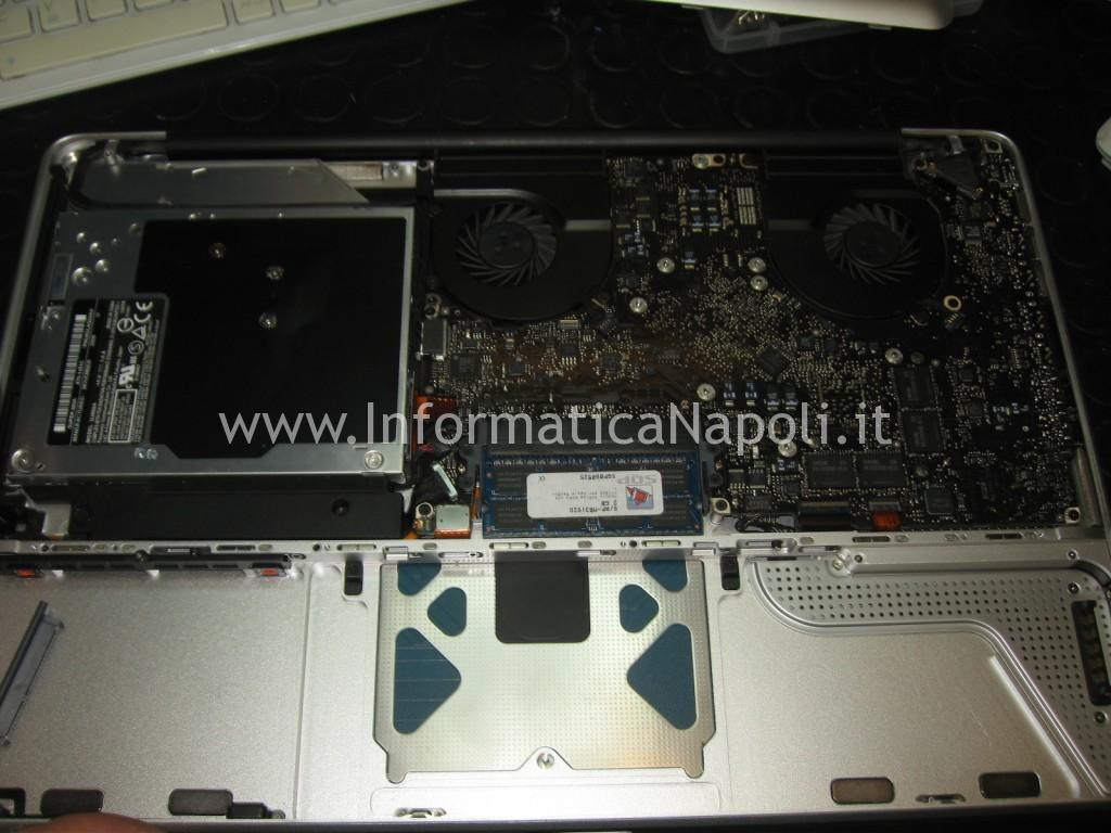 riparazione Apple MacBook A1286 15 logic board 820-2330-A