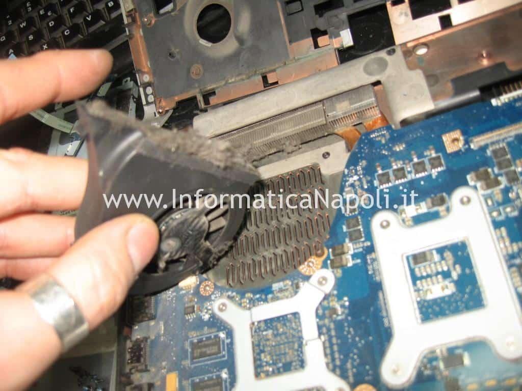 pulire ventolina dissipatore Dell Studio 17 1749 ATI radeon 4650