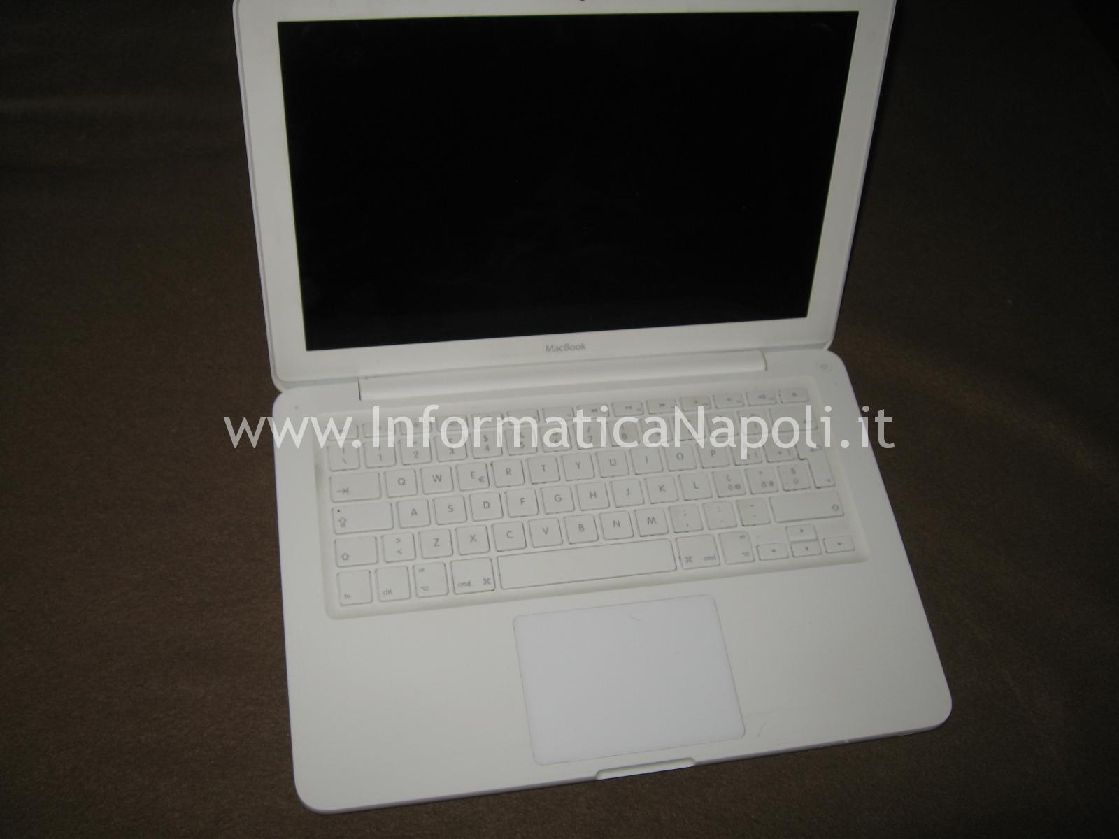 Problema avvio Apple MacBook A1342 EMC 2350