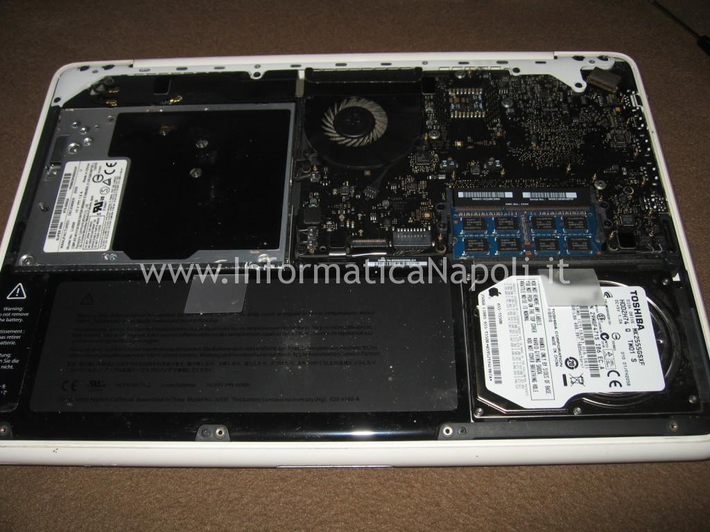perchè Apple MacBook A1342 EMC 2350 non si avvia