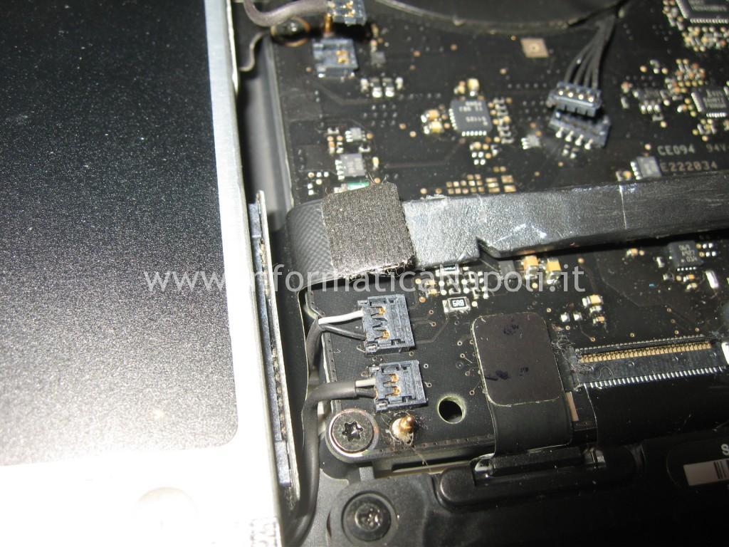 riparare scheda logica Apple MacBook A1342 13.3 EMC 2350
