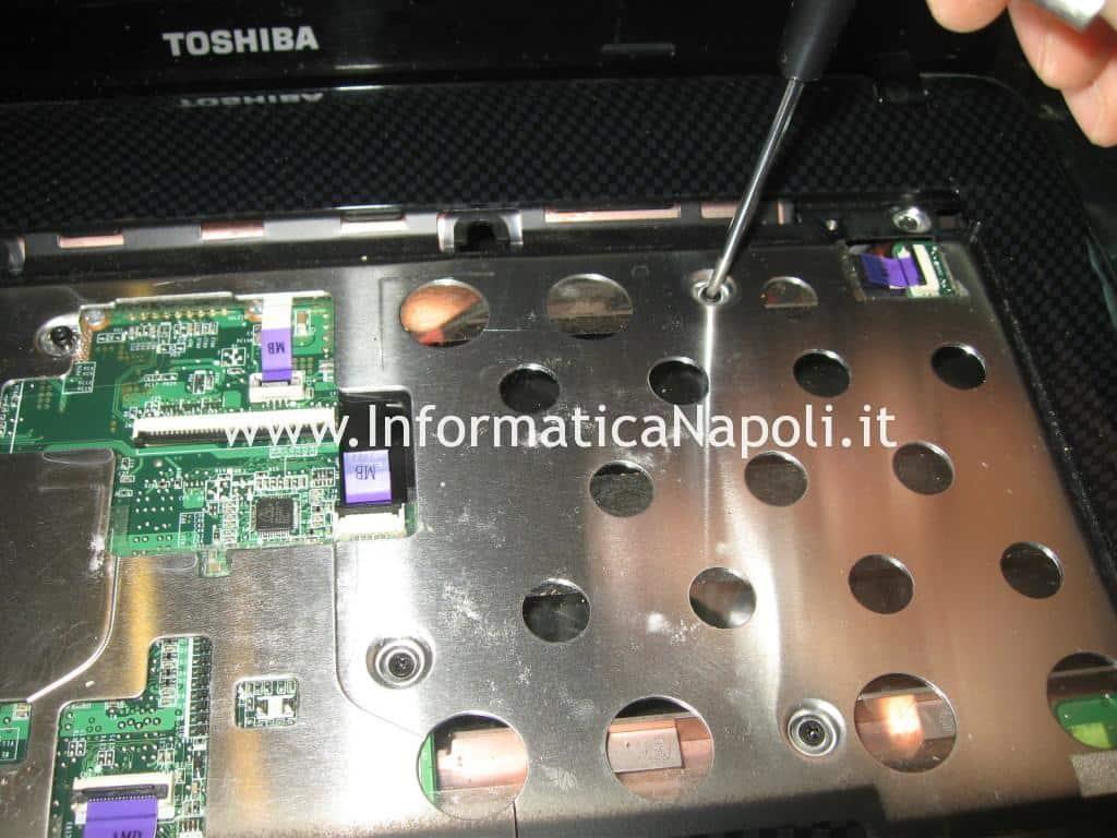 riparazione Toshiba Satellite T130 D