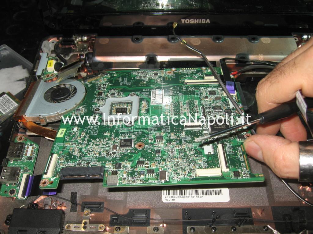 Reballing ali DABU3AMB8E0 Toshiba Satellite T130D