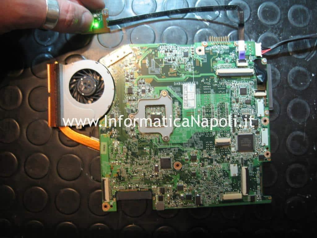 BGA ATI Radeon HD 3200 Toshiba Satellite T130D riparato