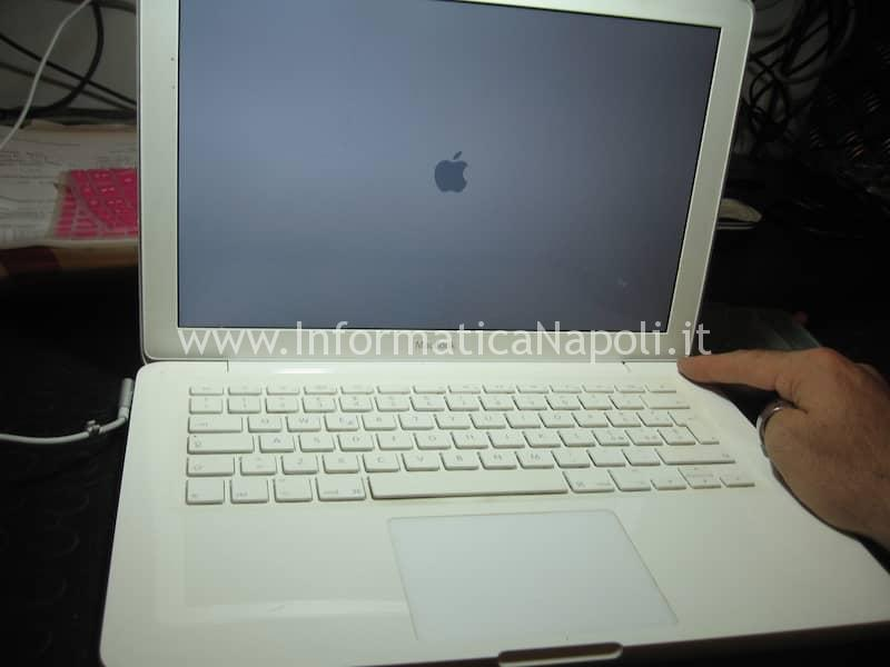 problemi GPU Apple MacBook A1342 Late 2009 | Mid 2010 EMC 2350 | 2395 si avvia | loop