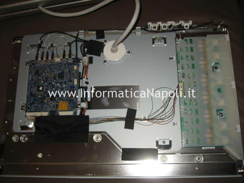 riparazione scheda madre Apple Cinema HD Display A1082
