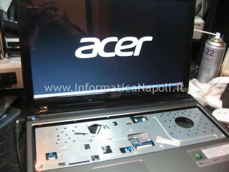 Problema accensione Acer Aspire 5560