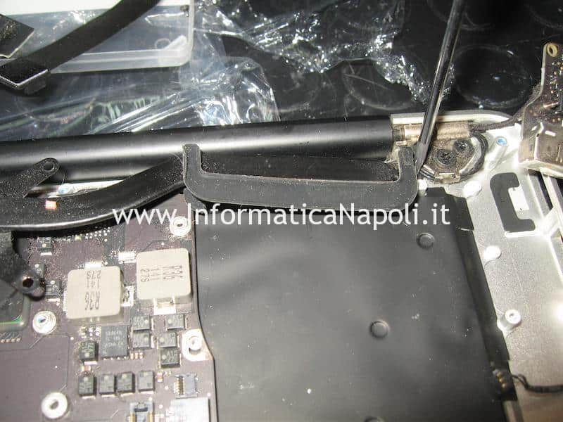 rimuovere dissipatore Apple MacBook air 13 A1466