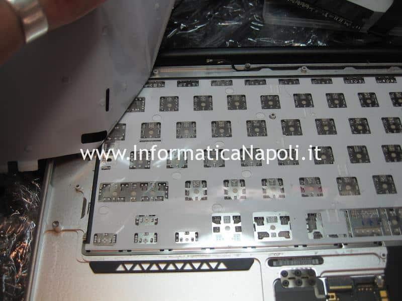 come smontare tastiera Apple MacBook air 13 A1369