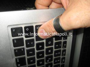 Apple MacBook air 13 A1369 servizio assistenza sostituzione tastiera