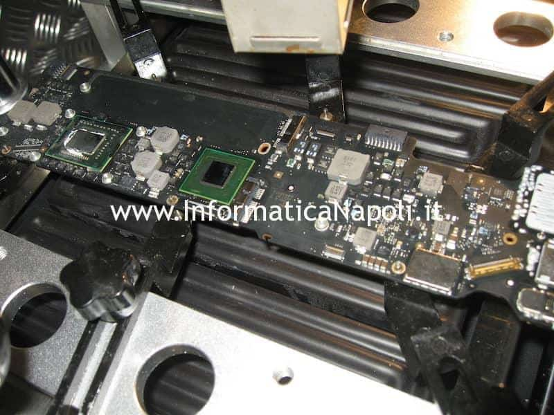 Rework reballing Apple MacBook Air 13 A1369 EMC 2469 mid 2011