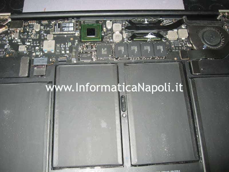 rimontare riparare apple macbook Air 11 A1370 A1465