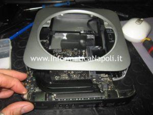 estrarre scheda logica Apple Mac Mini A1347 logic board 820-3227-B