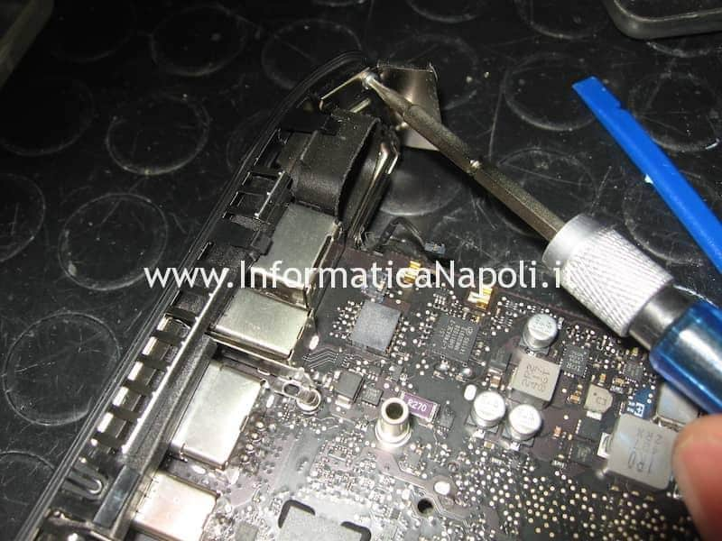 disassemblare Apple Mac Mini A1347