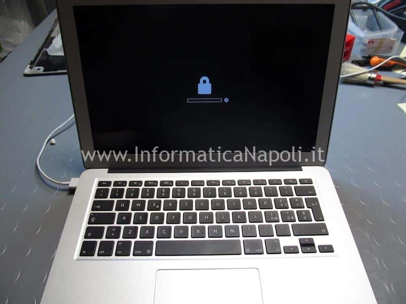 blocco password firmware macbook air pro efi