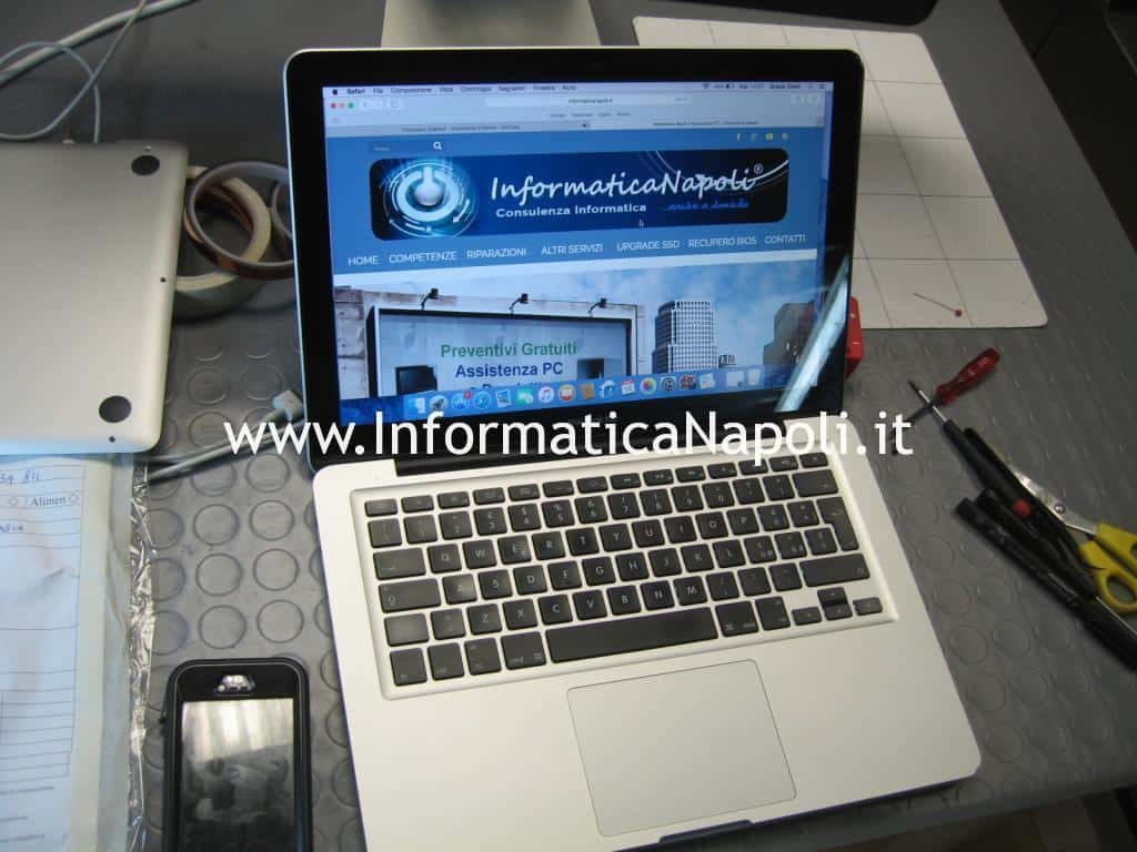 assistenza lvds apple macbook 13 a1278 display bianco riparato