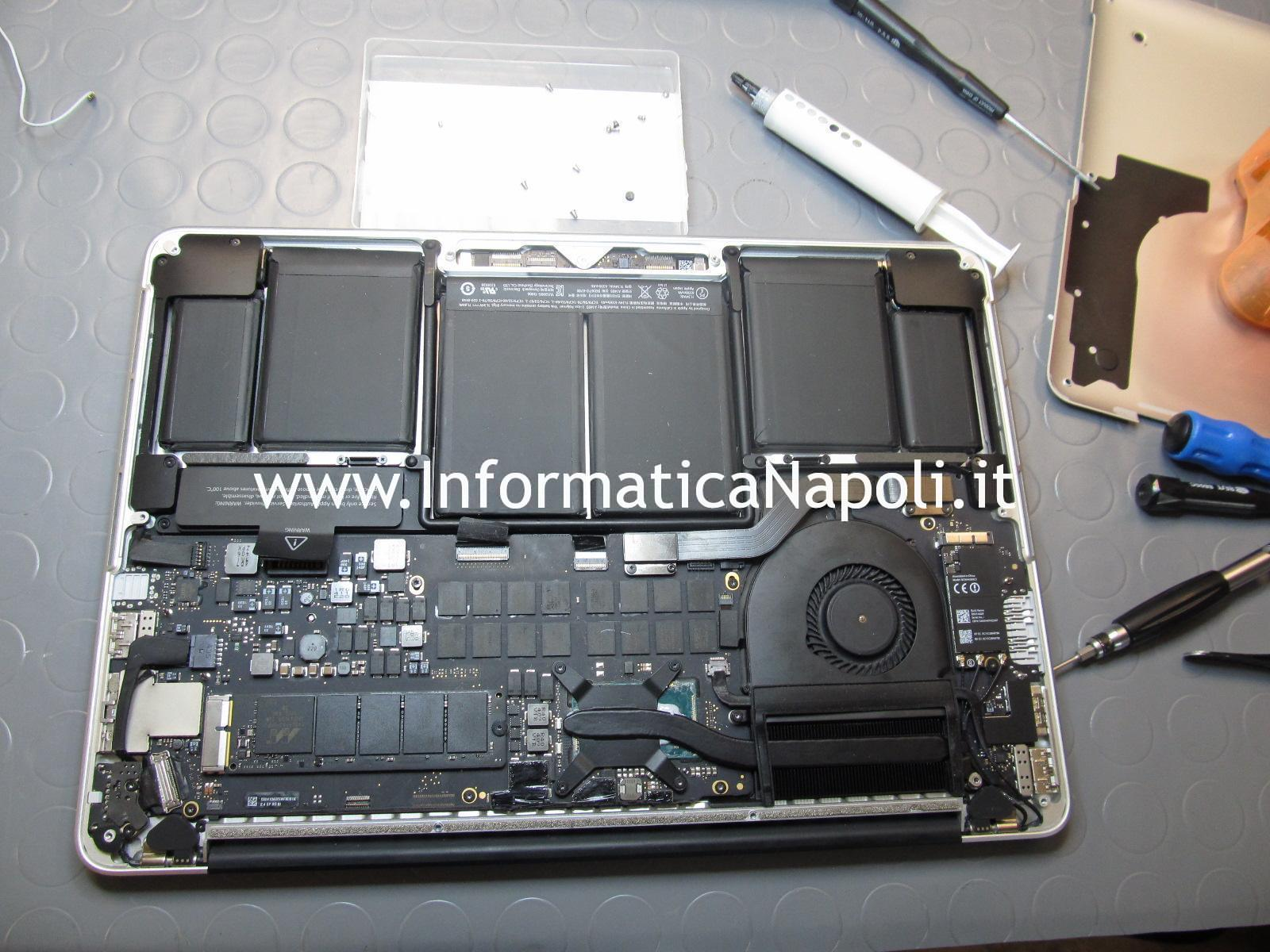 problemi Apple MacBook 13 retina A1502 A1425 2012 2013 2014 2015 scheda logica 820-3476-A EMC 2678