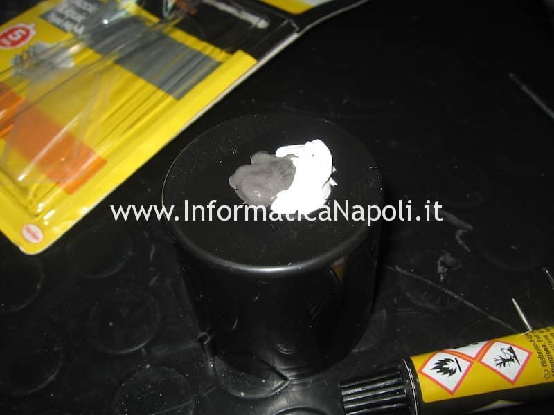 Colla bicomponente per riparare display macbook pro