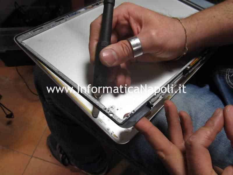 fresa pulizia interna scocca display apple macbook pro