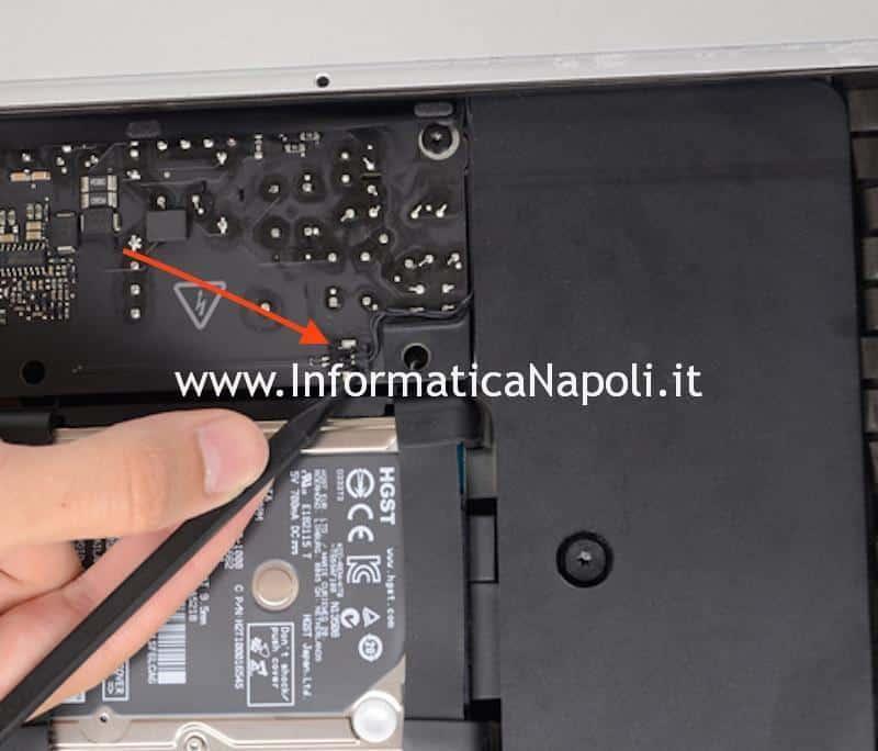 rimozione cavo power alimentazione accensione apple imac A1418