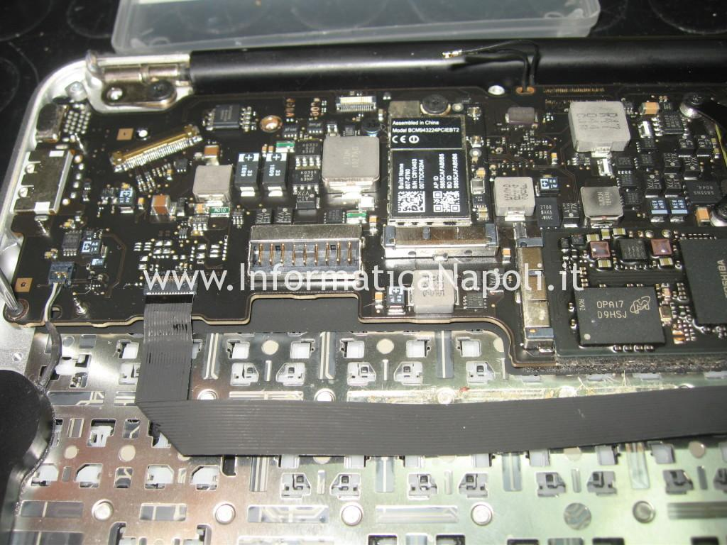 problema Apple MacBook Air 11 A1370 A1465 non si avvia logic board 820-2796-A | 820-00164-03 | 820-3208-A
